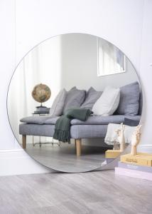 Spejl House Doctor Walls Klar 110 cm Ø