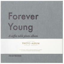 Forever Young (S) - A Coffee Table Photo Album (60 Sorte sider / 30 blade)